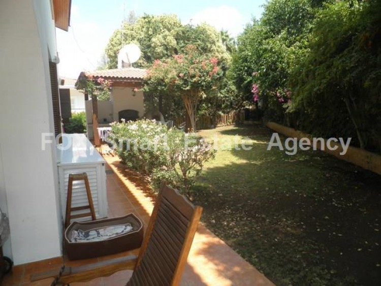 To Rent 5 Bedroom Detached House in Makedonitissa, Nicosia 4