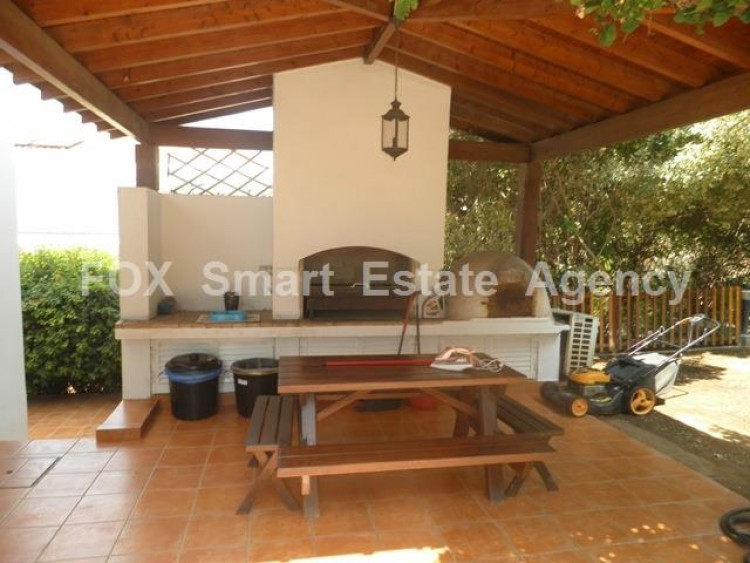 To Rent 5 Bedroom Detached House in Makedonitissa, Nicosia 5