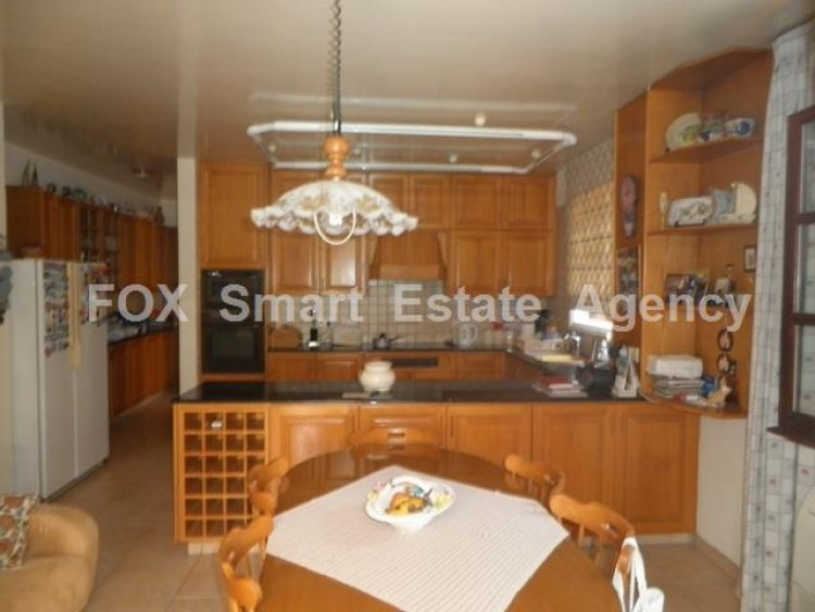 To Rent 5 Bedroom Detached House in Makedonitissa, Nicosia 8