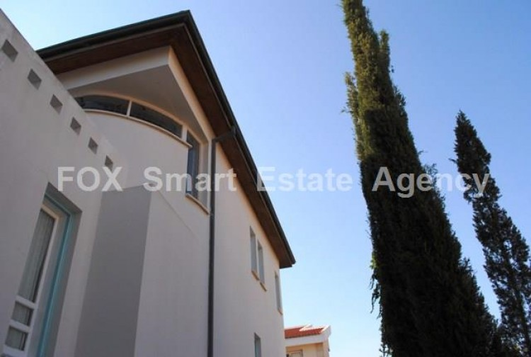To Rent 3 Bedroom Detached House in Aglantzia, Nicosia 2