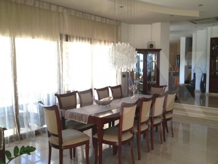 To Rent 4 Bedroom Detached House in Strovolos, Nicosia 4