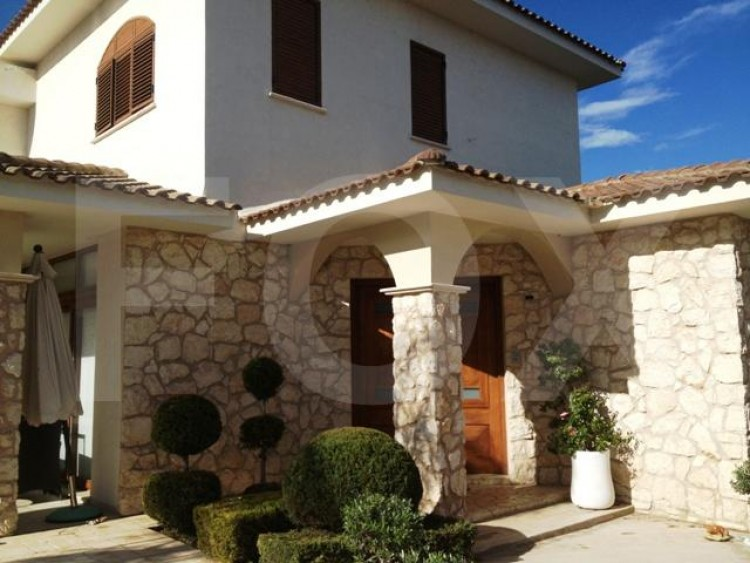 To Rent 4 Bedroom Detached House in Strovolos, Nicosia 7