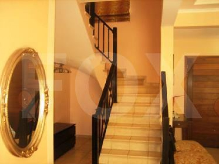 To Rent 3 Bedroom Detached House in Amathounta, Limassol 10