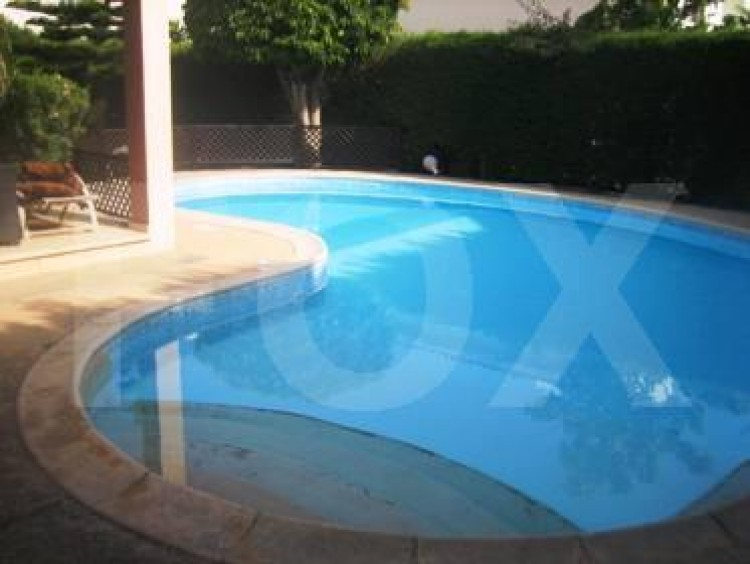 To Rent 3 Bedroom Detached House in Amathounta, Limassol 2