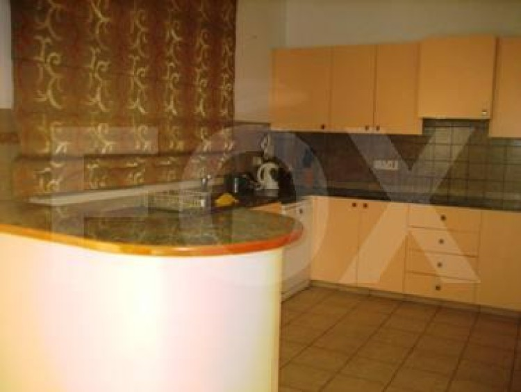 To Rent 3 Bedroom Detached House in Amathounta, Limassol 9
