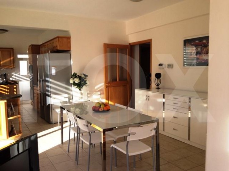 To Rent 6 Bedroom Detached House in Agia filaxi, Limassol, Limassol 11