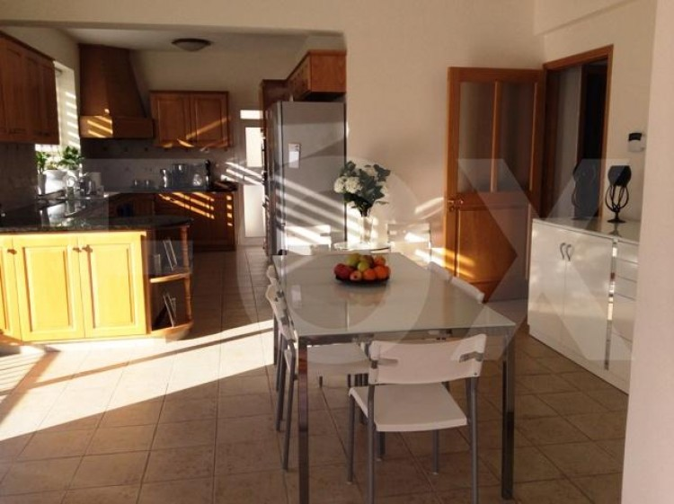 To Rent 6 Bedroom Detached House in Agia filaxi, Limassol, Limassol 12