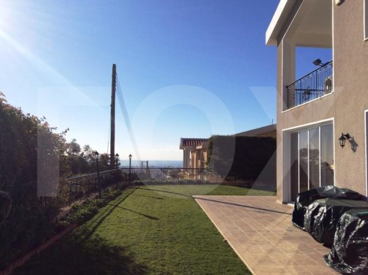 To Rent 6 Bedroom Detached House in Agia filaxi, Limassol, Limassol 35