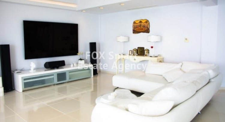 To Rent 2 Bedroom Apartment in Agios tychon, Limassol 5
