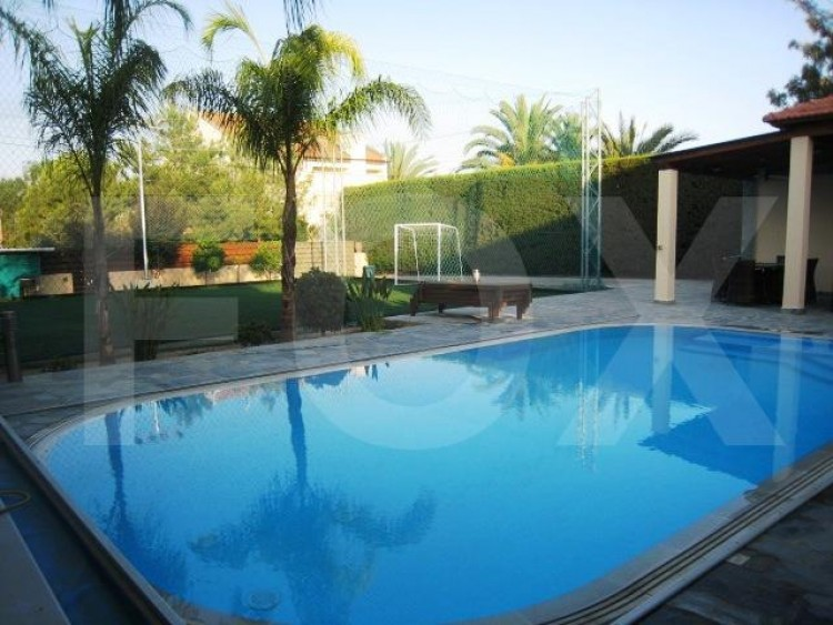 To Rent 4 Bedroom Detached House in Egkomi lefkosias, Nicosia