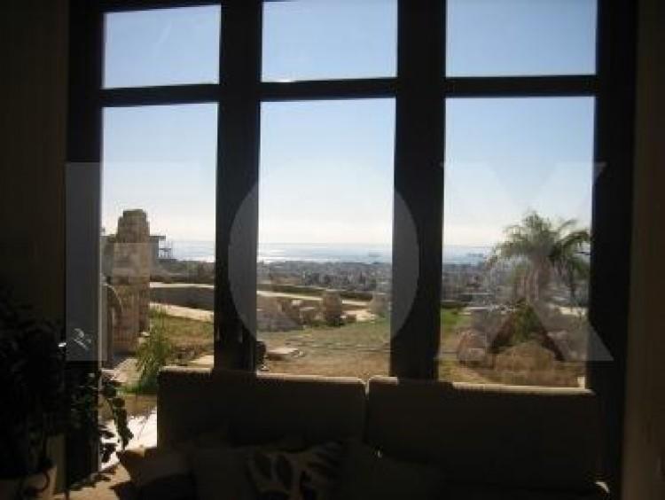 To Rent 6 Bedroom Detached House in Germasogeia, Limassol 28