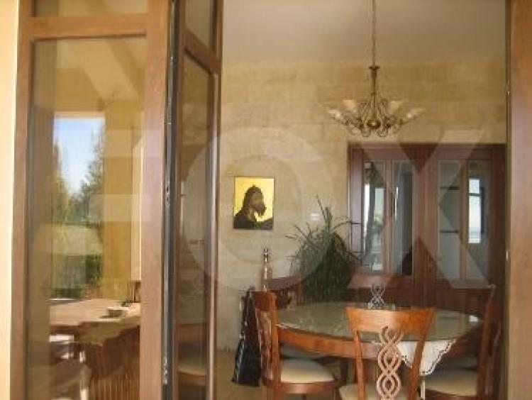 To Rent 6 Bedroom Detached House in Germasogeia, Limassol 9