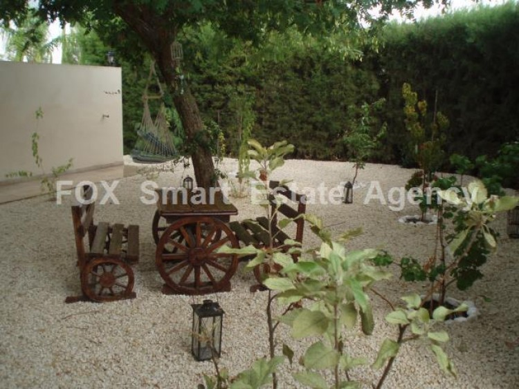 To Rent 5 Bedroom Detached House in Deftera, Nicosia 11