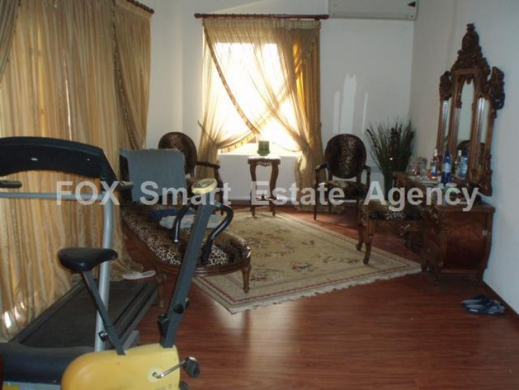 To Rent 5 Bedroom Detached House in Deftera, Nicosia 32
