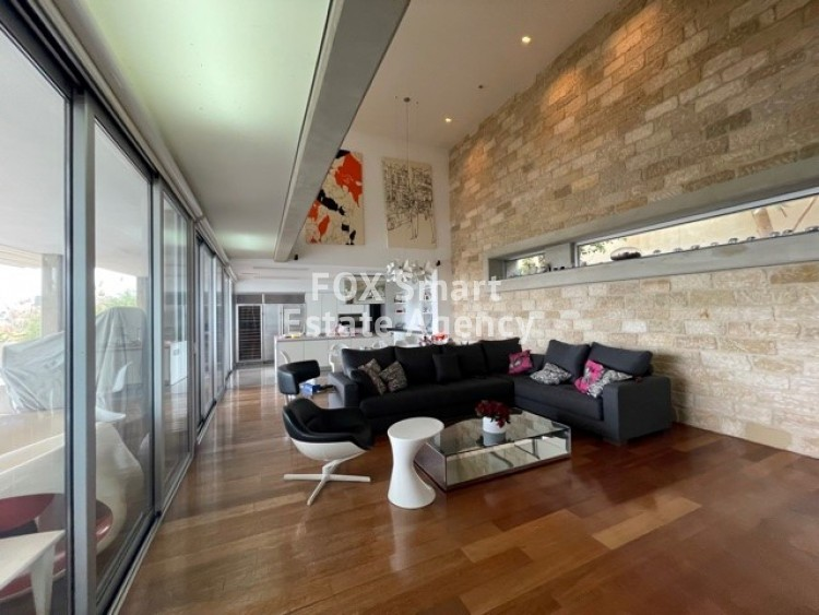 To Rent 5 Bedroom Detached House in Agia filaxi, Agia Fylaxis, Limassol 12