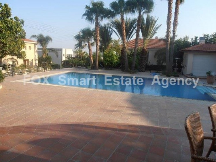 To Rent 5 Bedroom Detached House in Agios athanasios, Limassol