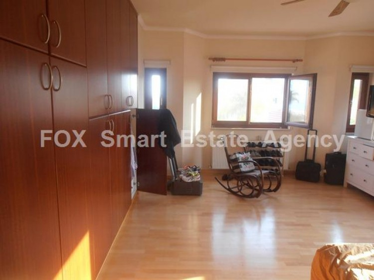 To Rent 5 Bedroom Detached House in Agios athanasios, Limassol 21