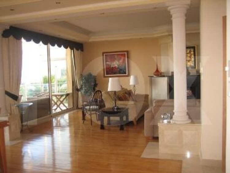 To Rent 5 Bedroom Detached House in Agios tychon, Limassol 19