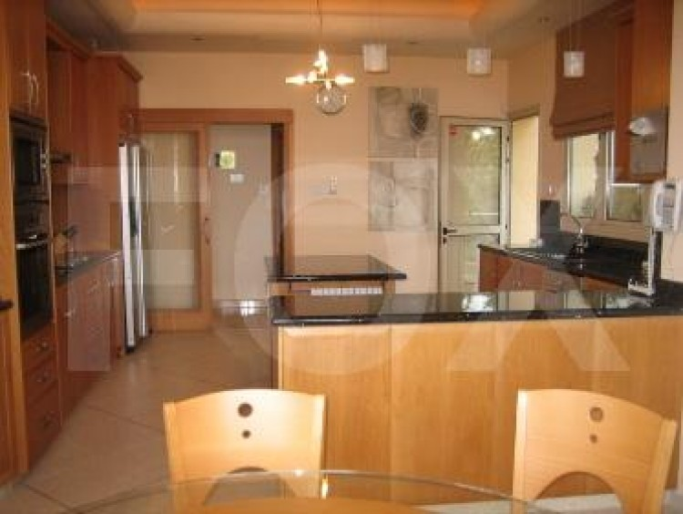 To Rent 5 Bedroom Detached House in Agios tychon, Limassol 20