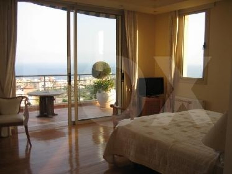 To Rent 5 Bedroom Detached House in Agios tychon, Limassol 32
