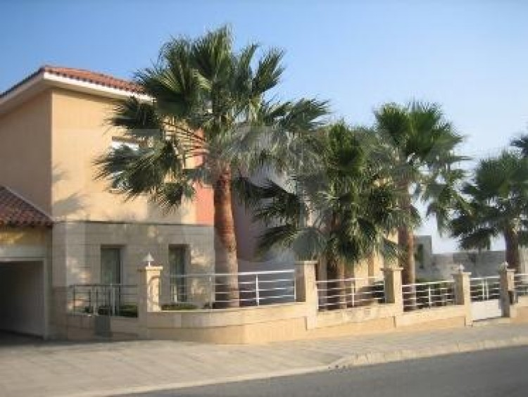 To Rent 5 Bedroom Detached House in Agios tychon, Limassol 5