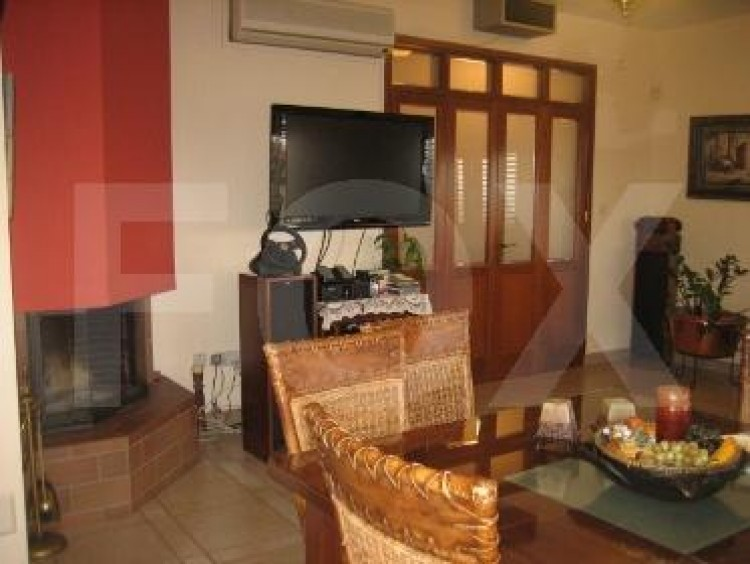 To Rent 5 Bedroom Detached House in Agios athanasios, Limassol 19