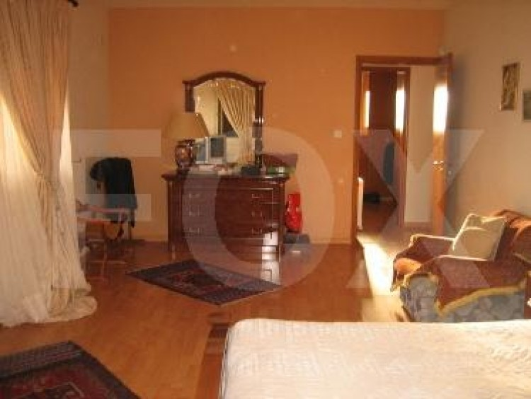 To Rent 5 Bedroom Detached House in Agios athanasios, Limassol 32