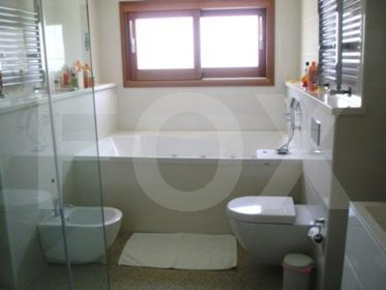 To Rent 5 Bedroom Detached House in Akropolis, Nicosia 14