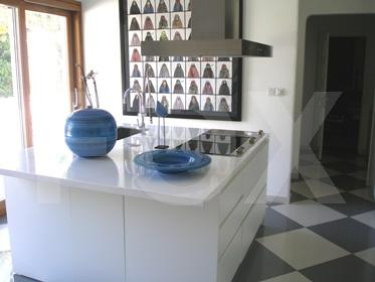 To Rent 5 Bedroom Detached House in Akropolis, Nicosia 21