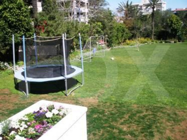 To Rent 5 Bedroom Detached House in Akropolis, Nicosia 27
