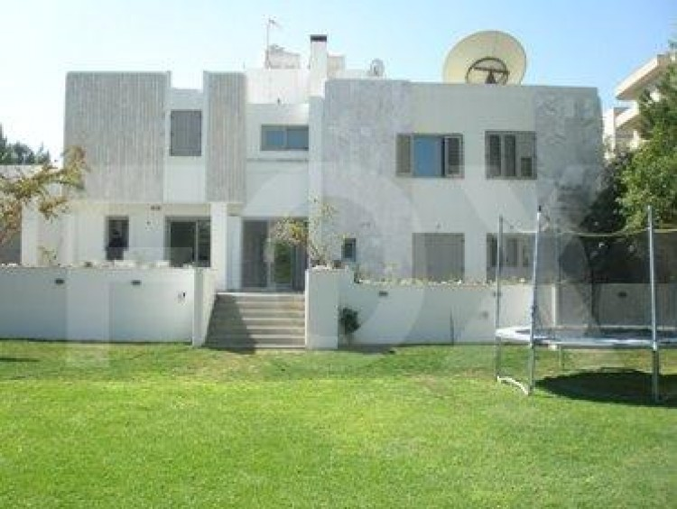 To Rent 5 Bedroom Detached House in Akropolis, Nicosia 30