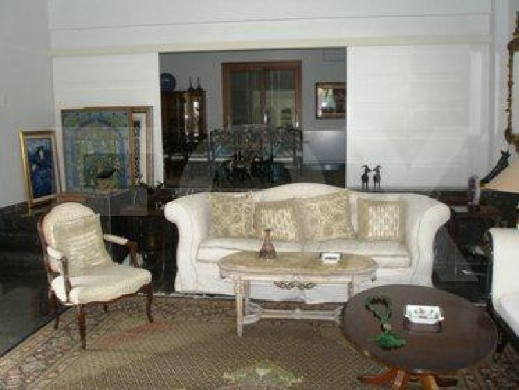 To Rent 5 Bedroom Detached House in Akropolis, Nicosia 6
