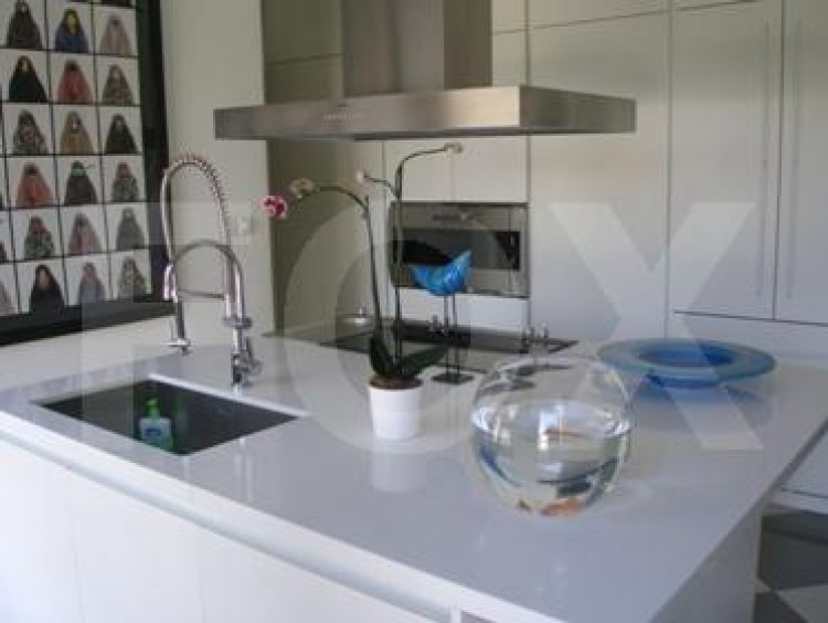 To Rent 5 Bedroom Detached House in Akropolis, Nicosia 9