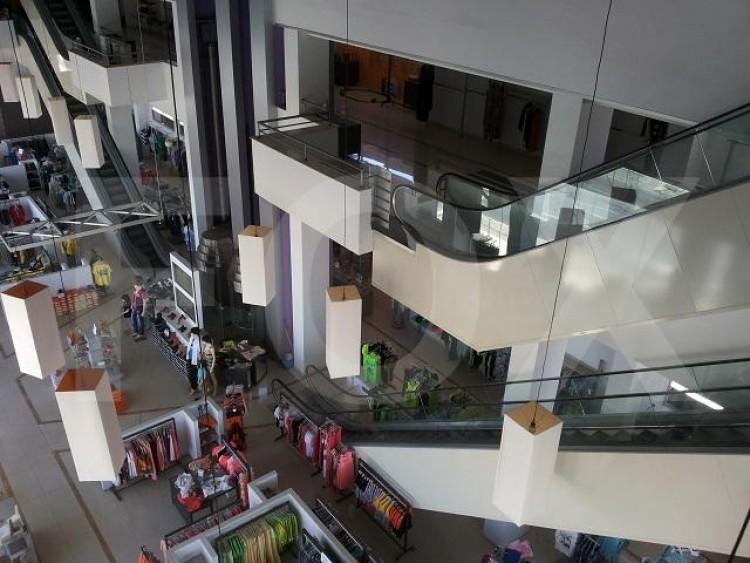 Shop in Salamina stadium area, Larnaca 3