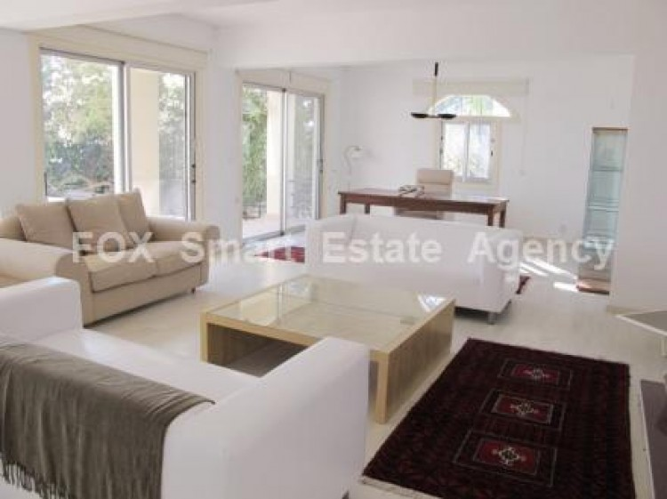 To Rent 6 Bedroom Detached House in Agios tychon, Limassol 5