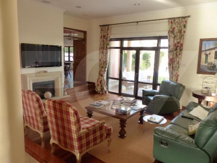 To Rent 5 Bedroom Detached House in Egkomi lefkosias, Nicosia 8