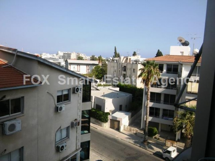 For Sale 2 Bedroom Apartment in Metro area, Larnaca 3