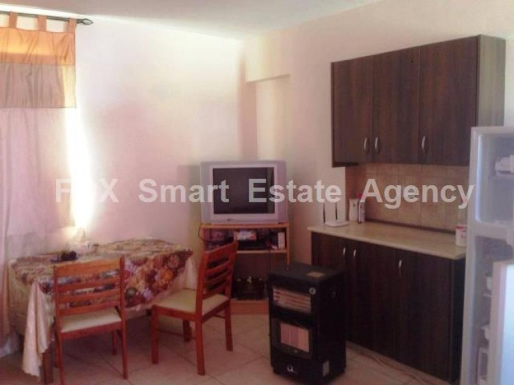 For Sale 1 Bedroom Top floor Apartment in Dromolaxia, Larnaca 3