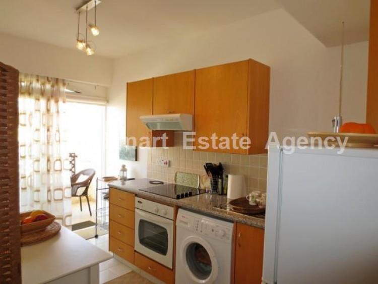 For Sale 1 Bedroom Whole floor Apartment in Kato pafos , Paphos 5
