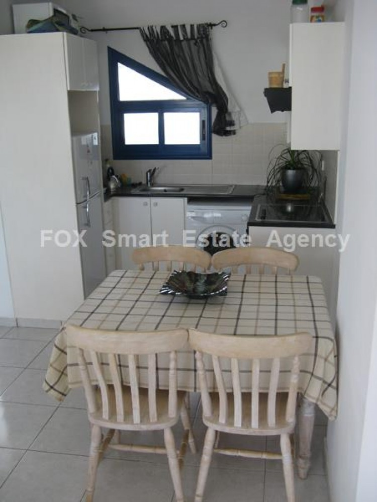 For Sale 2 Bedroom Whole floor Apartment in Chlorakas, Paphos