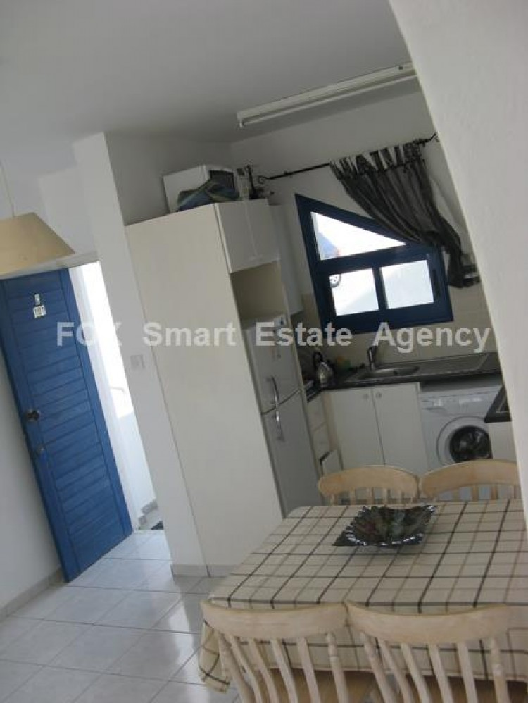 For Sale 2 Bedroom Whole floor Apartment in Chlorakas, Paphos 2
