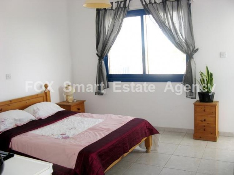 For Sale 2 Bedroom Whole floor Apartment in Chlorakas, Paphos 5