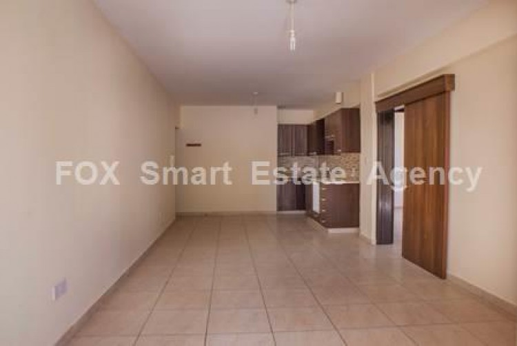 For Sale 2 Bedroom Apartment in Oroklini, Voroklini (oroklini), Larnaca 3
