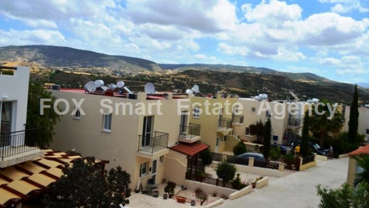 For Sale 2 Bedroom Semi-detached House in Goudi, Paphos 8