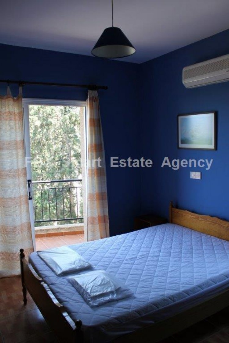 For Sale 1 Bedroom Whole floor Apartment in Agios theodoros, Paphos 5