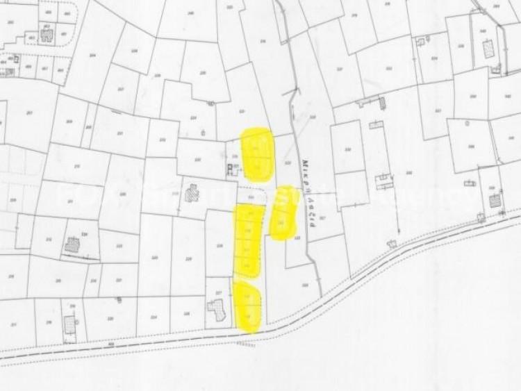 Plot in Agioi trimithias, Nicosia 3