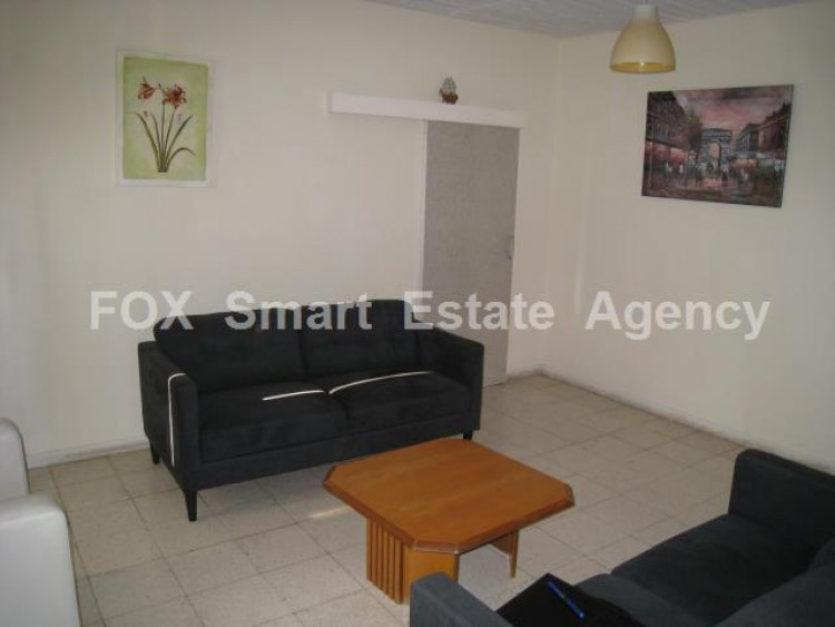 For Sale 2 Bedroom Semi-detached House in Ethnomartyras kyprianos, Nicosia 2