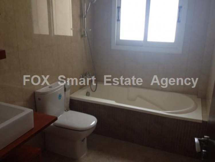 For Sale 1 Bedroom Top floor Apartment in Chrysopolitissa area, Chrysopolitissa, Larnaca 3