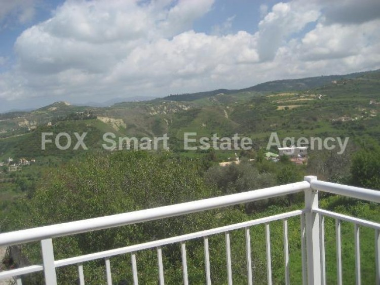 For Sale 2 Bedroom Detached House in Giolou, Paphos 9
