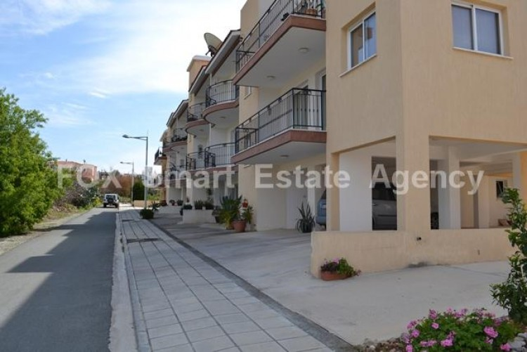For Sale 2 Bedroom Semi-detached House in Empa, Paphos 30